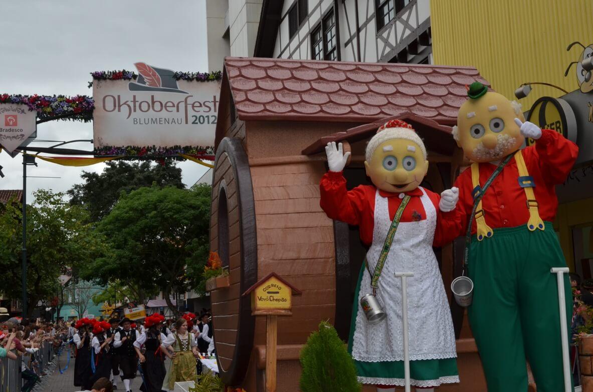 Vovô e Vovó Chopão - Oktoberfest Blumenau